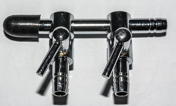 2 - Weg Luftventil Metall 4 / 6 mm Luftschlauch